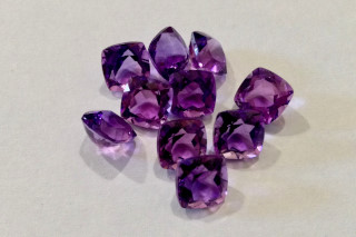 AME01824M2 - Amethyst 7x7 Cushion, 1.60 carats