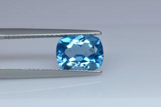 BLT01824M_3 - Blue Topaz 9x7 Cushion, 2.37 carats
