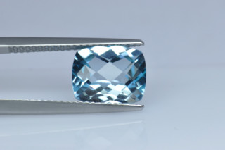 BLT01827S10CT_1 - Blue Topaz 10x8 Cushion Checkerboard, 3.91 carats