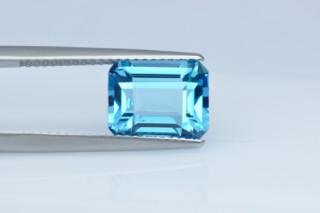 BLT427M10_1 - Blue Topaz 10x8 Octagon, 4.25 carats