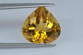 CIT934M10_1 - Citrine 12x12 Heart, 5.12 carats