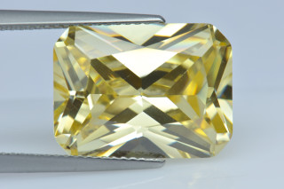 CUZCA02138M - Canary Cubic Zirconia 16x12mm Octagon Princess Cut