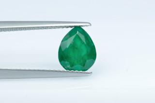 EME524S - Emerald  9x7 Pear, 1.94 carat