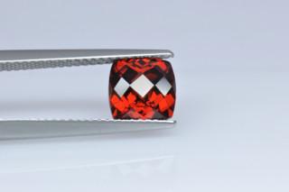 GAR01824MPLUSCT_4 - Garnet 7x7 Cushion Checkerboard,  2.20 carats