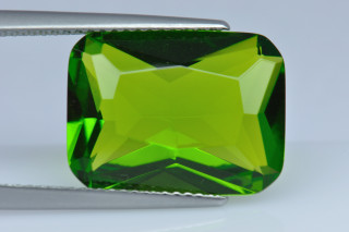 PET02138M - Peridot Terbium Glass 16x12mm Octagon Princess Cut