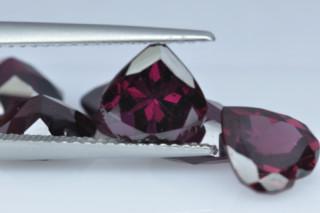 RHO926M - Rhodolite 8x8 Heart, 2.26 carats