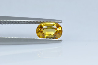 SAPY219M_8 - Sapphire Yellow  7x5 Oval, 1.05 carats