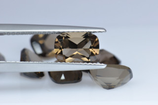 SMQ01822M - Smokey Quartz 8x6 Cushion, 1.22 carats