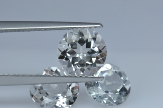 WHT126M - White Topaz 8.00mm Round, 2.62 carats