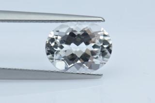 WHT227M - White Topaz 10x8 Oval, 3.36 carats