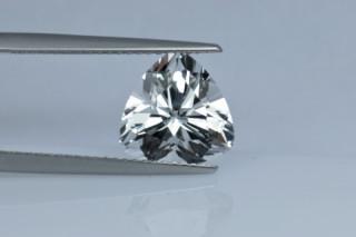 WHT730M - White Topaz 10x10 Trillion, 4.04 carats